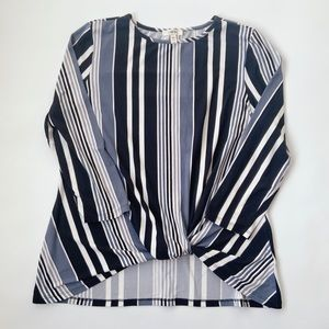Como Blu Top Size Large Striped Tie Front